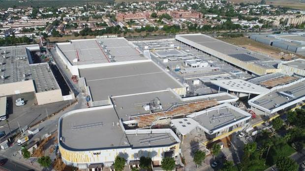 Nuevo Centro Comercial en Entrenúcleos
